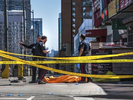636600974384911319-AP-Canada-Van-Hits-Pedestrians.1