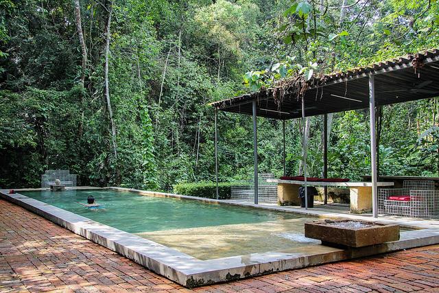 Sekeping-pool-KL-Getaway-Hotels-via-TinyBlackBird.com_